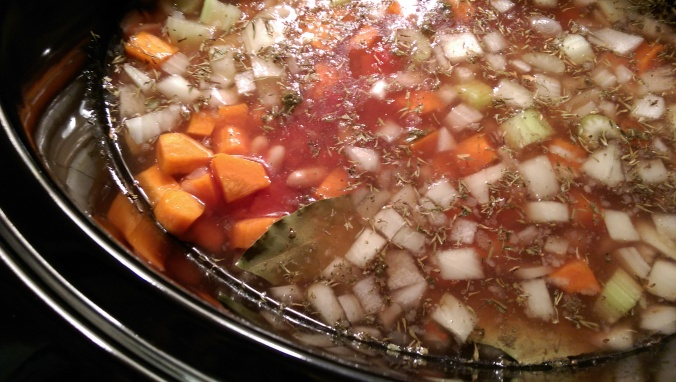 Slow Cooker Minestrone Soup| Dinner Is Served