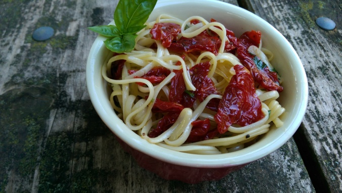 Linguine with Sun-Dried Tomatoes 1