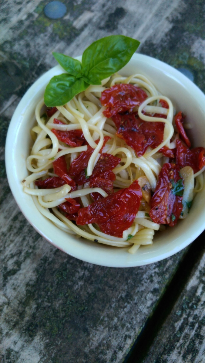 Linguine with Sun-Dried Tomatoes 3